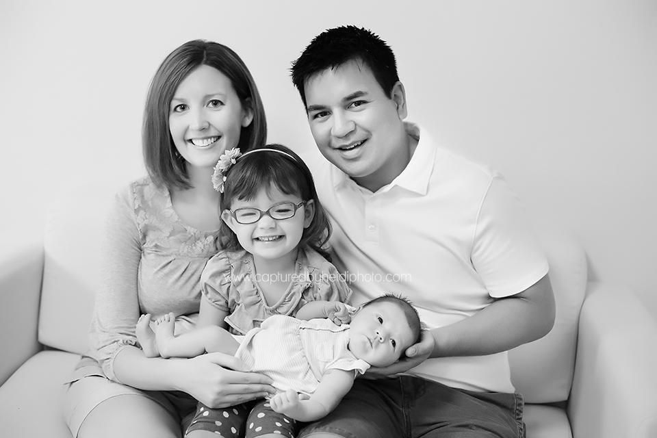 4-central-iowa-newborn-photographer-huxley-waukee-desmoines-spencer-harris-family-newborn-girl.png