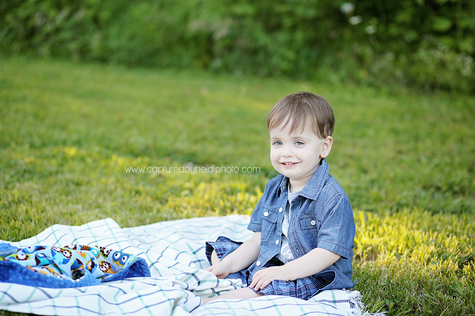 3-central-iowa-children-photographer-huxley-desmoines-indianola-toddler-boy-pictures.png