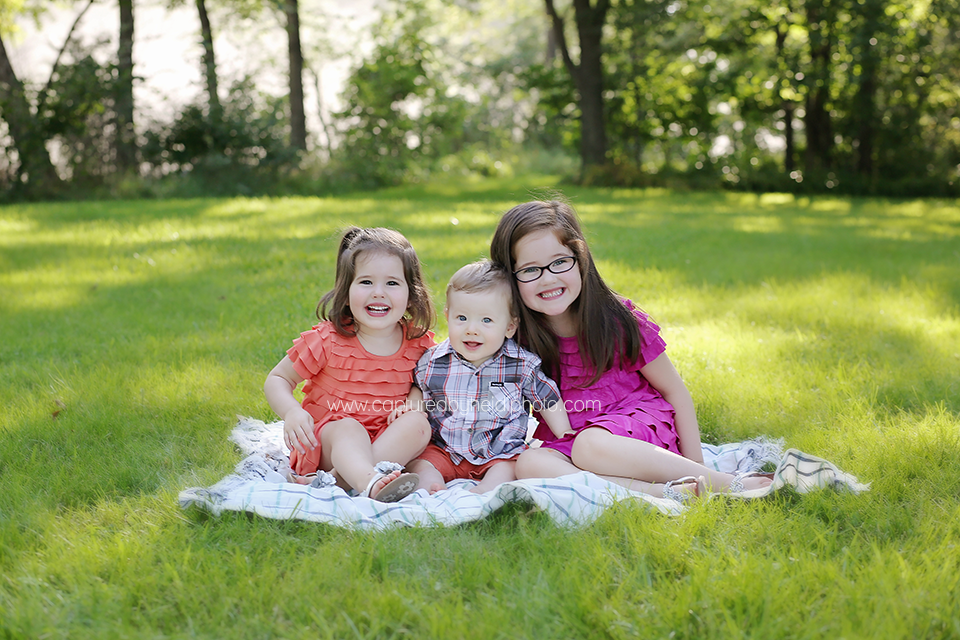 2-central-iowa-family-photographer-huxley-desmoines-ankeny-rauterkus-family-pictures.png