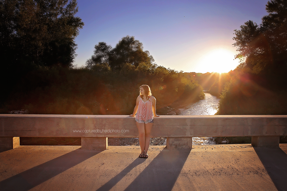 1-central-iowa-senior-photographer-huxley-ames-boone-ledges-park-senior-girl-pictures-andrea-young.png