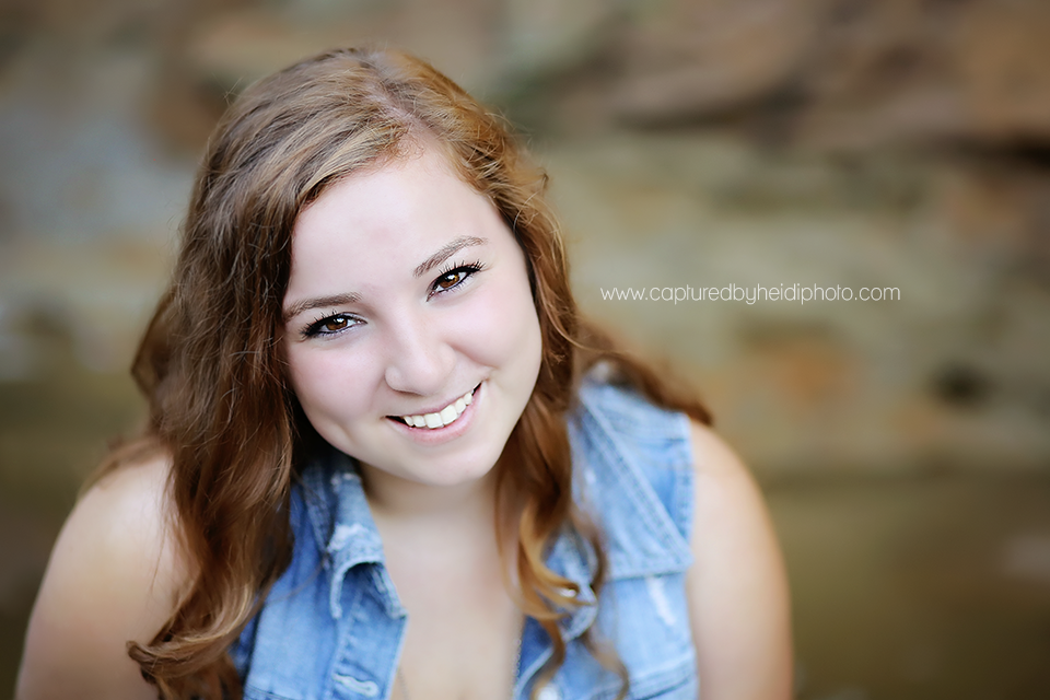 3-central-iowa-senior-photographer-huxley-ames-boone-ledges-park-senior-girl-pictures-andrea-young.png