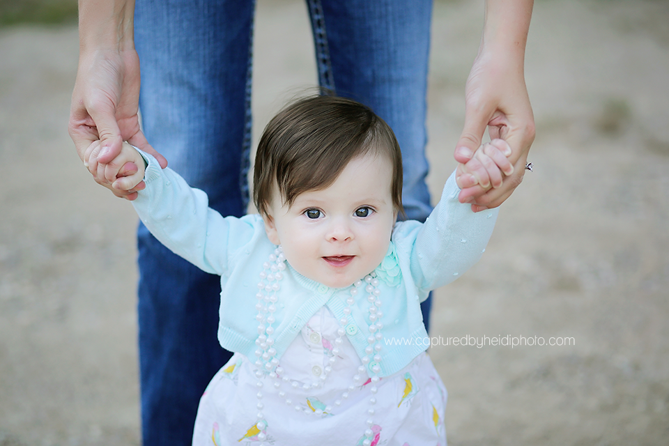 2central-iowa-baby-photographer-huxley-madrid-johnston-desmoines-ledges-state-park-six-month-old-pictures.png