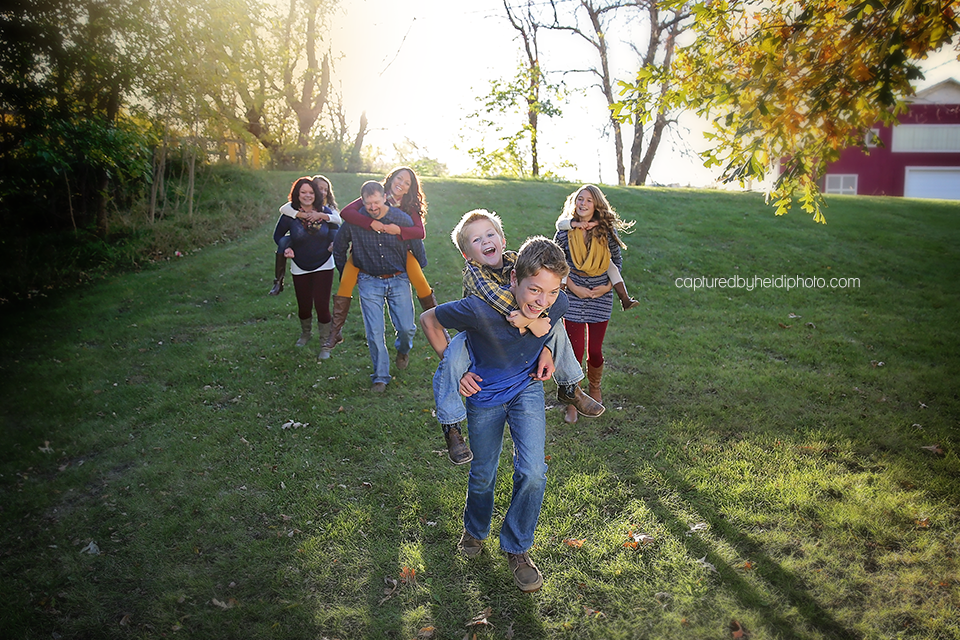 1-central-iowa-family-photographer-huxley-desmoines-leon.png