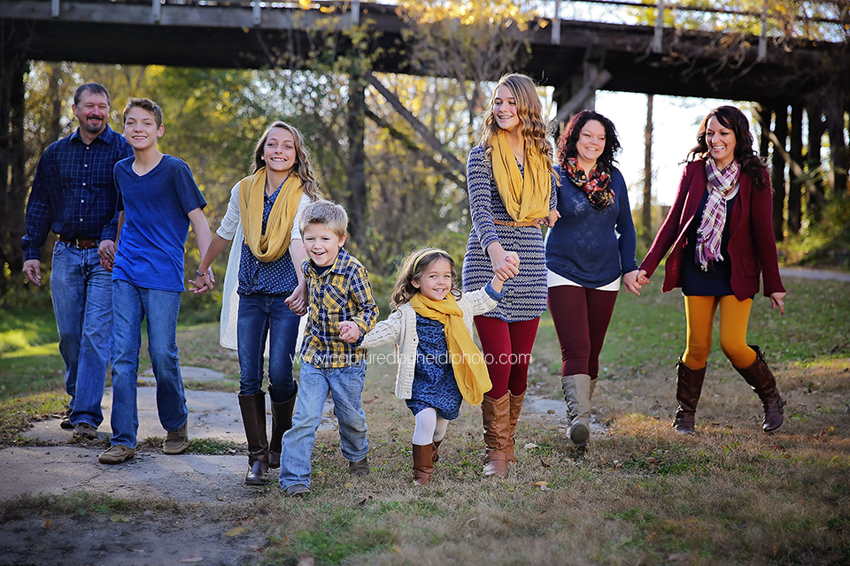 3-central-iowa-family-photographer-huxley-desmoines-leon.png