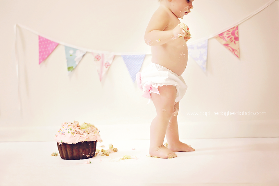 6-potts-central-iowa-baby-photographer-cake-smash-pictures-huxley-ames-ankeny-desmoines-captured-by-heidi-photo.png