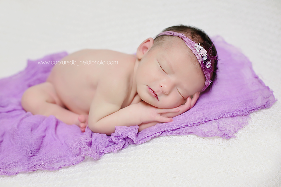 4-central-iowa-newborn-photographer-baby-girl-with-sister-huxley-ames-ankeny-desmoines.png