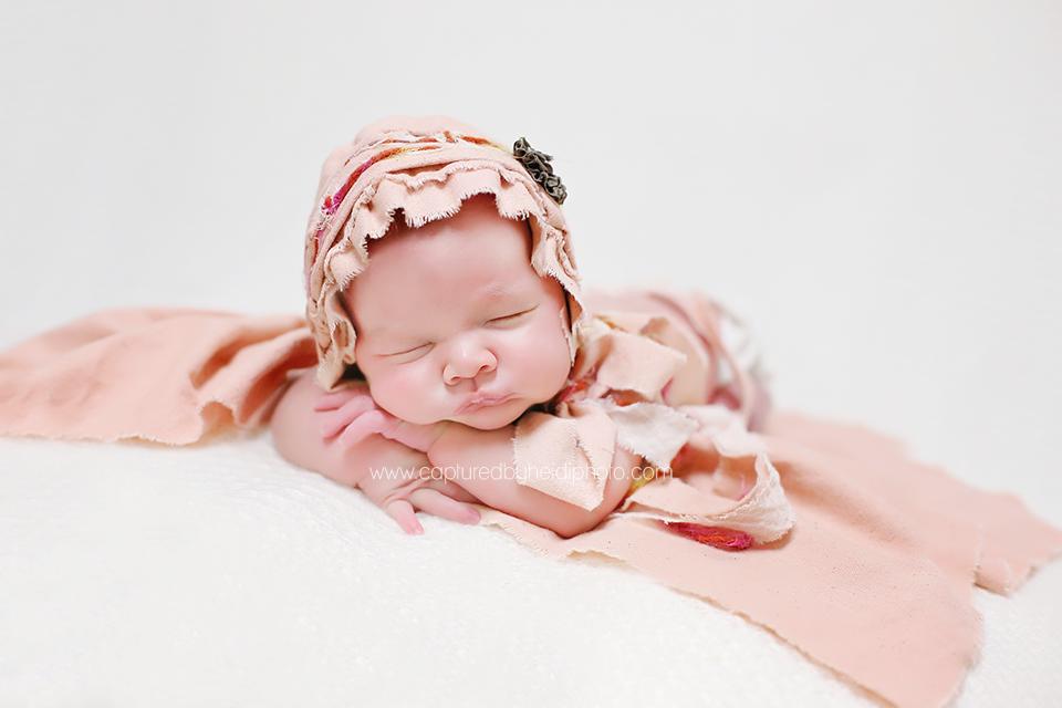 2-central-iowa-newborn-photographer-huxley-desmoines-urbandale-ankeny-capturedbyheidi-koopman.png