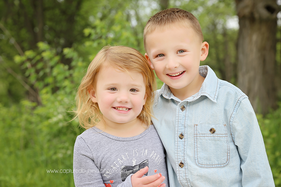 1-central-iowa-children-photographer-huxley-ankeny-cline-mcanelly.png