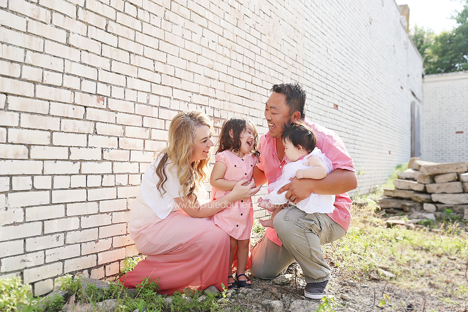 2-central-iowa-family-photographer-huxley-desmoines-freese.png