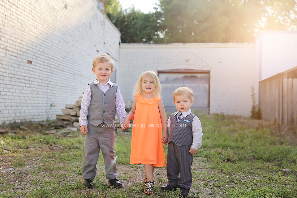 3-central-iowa-family-photographer-huxley-desmoines-long-family.png
