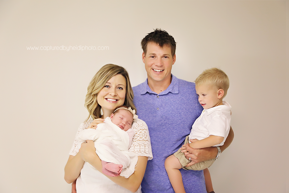 2-central-iowa-newborn-photographer-huxley-ankeny-olson.png