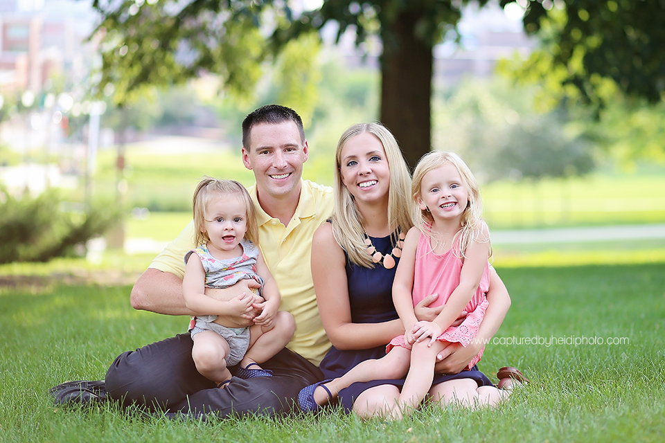 2-central-iowa-family-photographer-huxley-johnston-downtown-desmoines-boege.png