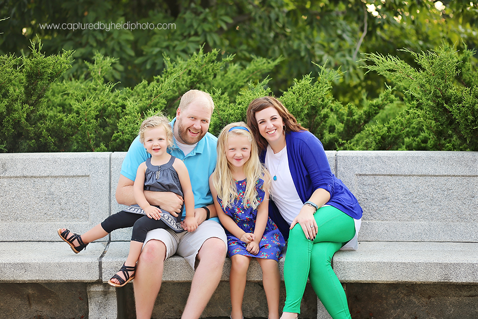 11-central-iowa-family-photographer-huxley-ankeny-polk-city-downtown-desmoines-pictures-dillinger.png