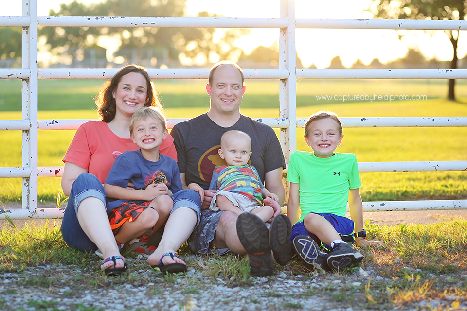 4-centraliowa-family-photographer-huxley-slater-boone-desmoines-johnson.png