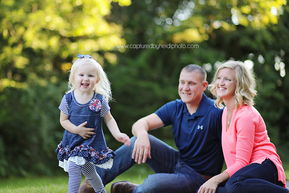 3-central-iowa-family-photographer-huxley-slater-schroeder.png