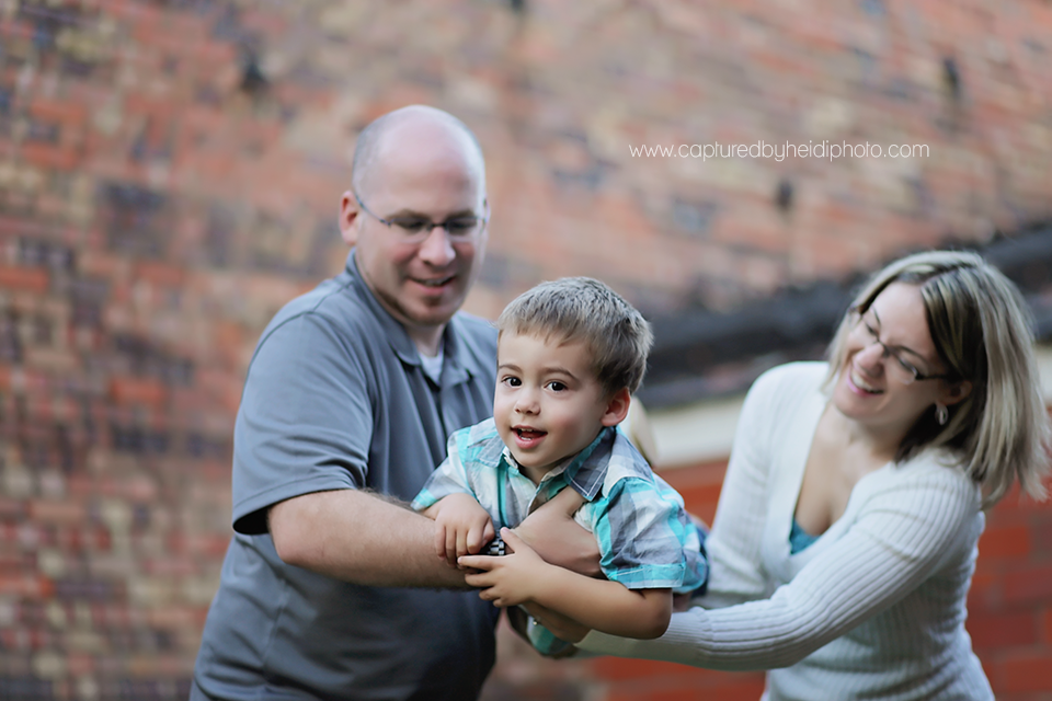 2-central-iowa-family-photographer-huxley-desmoines-ankeny-mcdermott.png