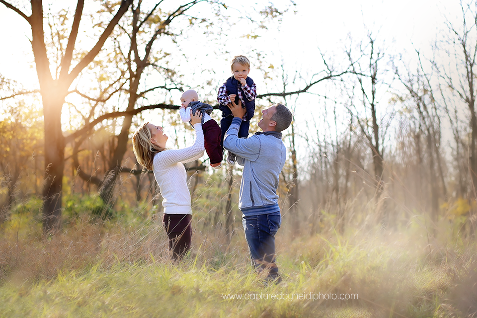 4-central-iowa-family-photographer-huxley-desmoines-cummings-cbh-photography-wiig.png