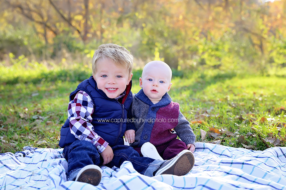 3-central-iowa-family-photographer-huxley-desmoines-cummings-cbh-photography-wiig.png