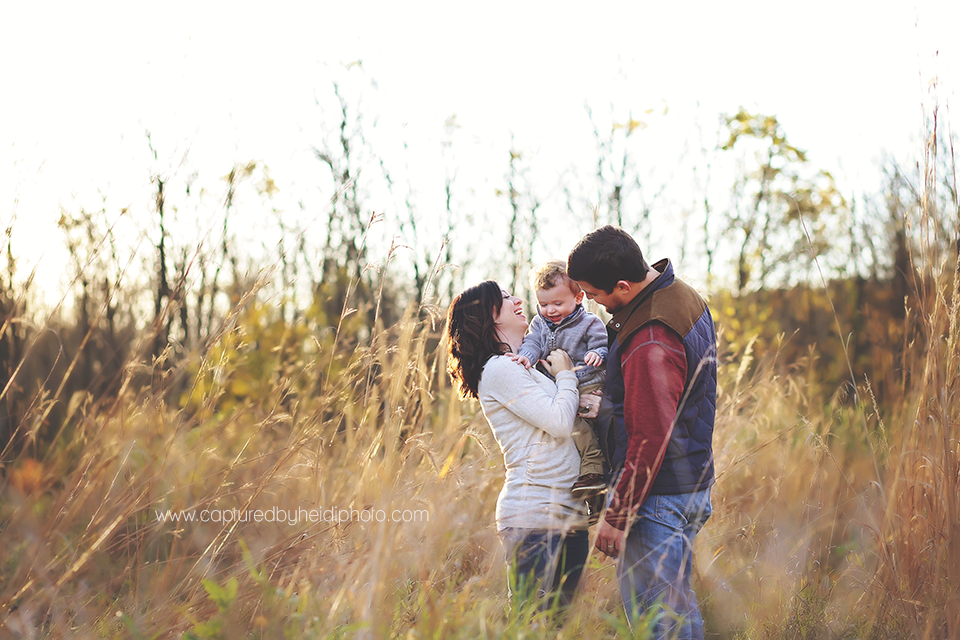 3-central-iowa-family-photographer-cbh-photography-huxley-desmoines-ankeny-indianola-nicole-luke-pontier.png