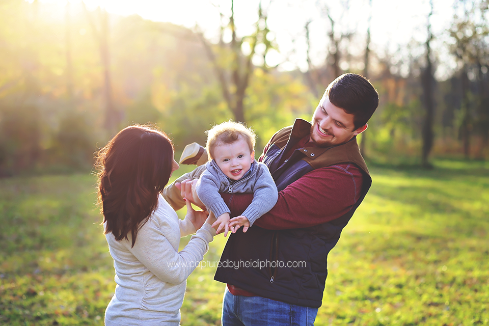 5-central-iowa-family-photographer-cbh-photography-huxley-desmoines-ankeny-indianola-nicole-luke-pontier.png