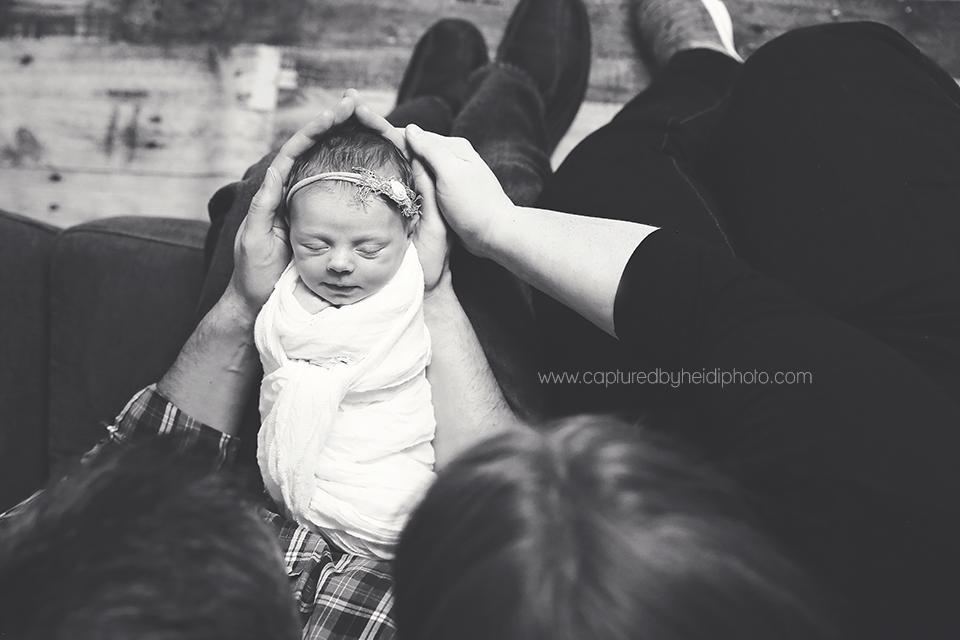 3-central-iowa-newborn-photographer-huxley-ankeny-desmoines-johnston-trobaugh.png