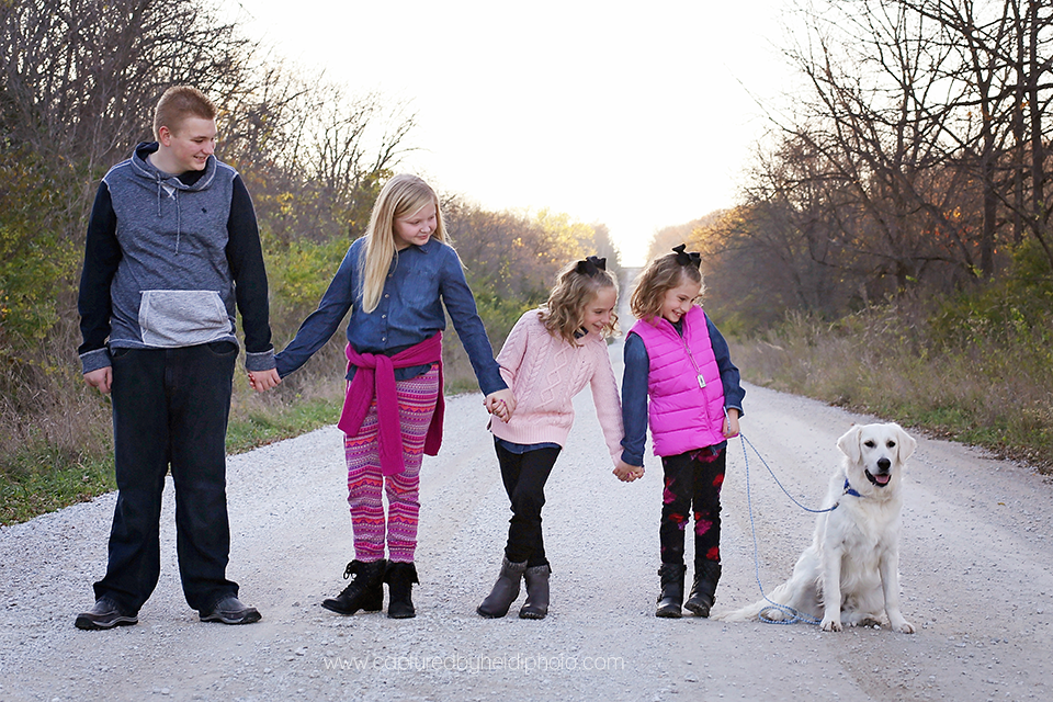 8-central-iowa-family-photographer-huxley-desmoines-dog-cbh-photography-safiye-fleener.png