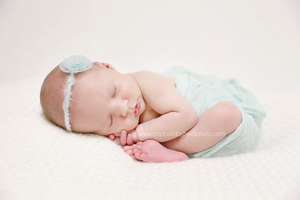 5-central-iowa-newborn-photographer-cbh-photography-huxley-desmoines-ames-doyle.png