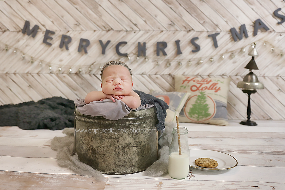 2-central-iowa-newborn-photographer-cbh-photography-huxley-ames-desmoines-shane-meagan-burnham-wyatt.png
