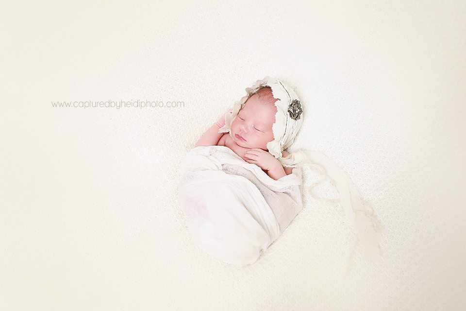 3-central-iowa-newborn-photographer-cbh-photography-huxley-ames-desmoines-shane-meagan-burnham-wyatt.png