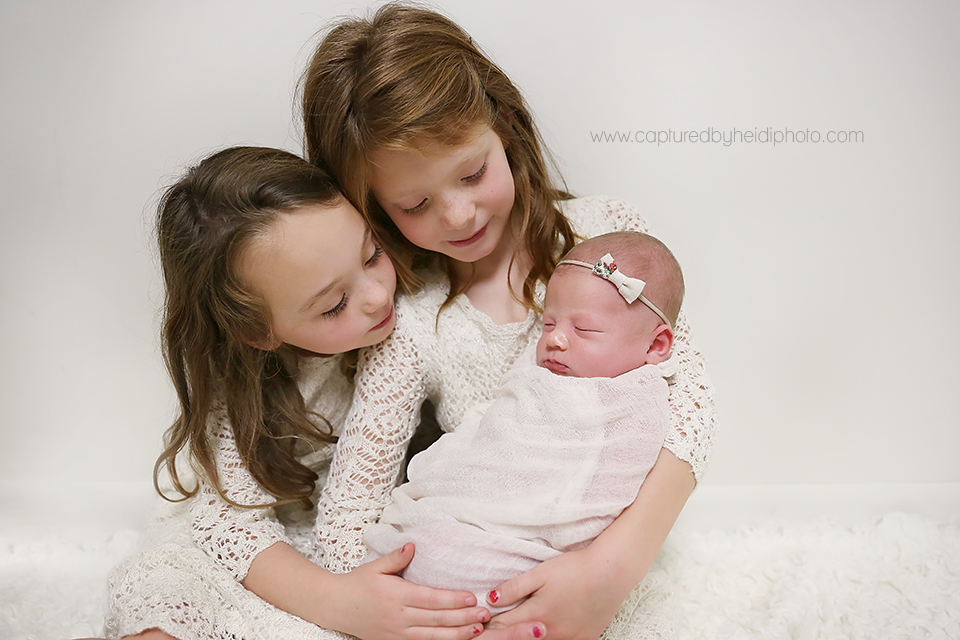 10-central-iowa-newborn-photographer-cbh-photography-huxley-ames-desmoines-shane-meagan-burnham-wyatt.png