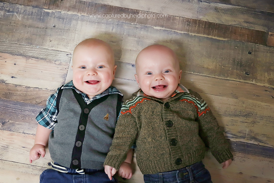 4-central-iowa-baby-photographer-huxley-desmoines-kohagen-baby-boy-twins-cbh-photography.png