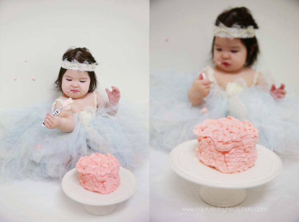 6-central-iowa-baby-photographer-huxley-ames-nevada-desmoines-cbh-photography-girl-cake-smash-tutu-pink-ruffle-cake-stand-pictures-heather-david-freese.png