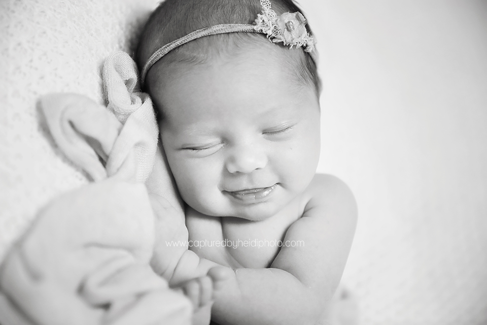1-central-iowa-newborn-photographer-huxley-ankeny-desmoines-waukee-chelsey-recker-keth-malone.png
