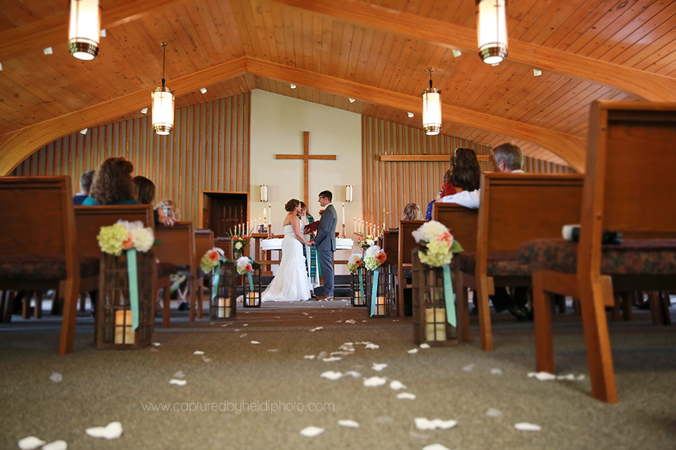 15-central-iowa-wedding-photographer-huxley-ankeny-desmoines-crudele.png