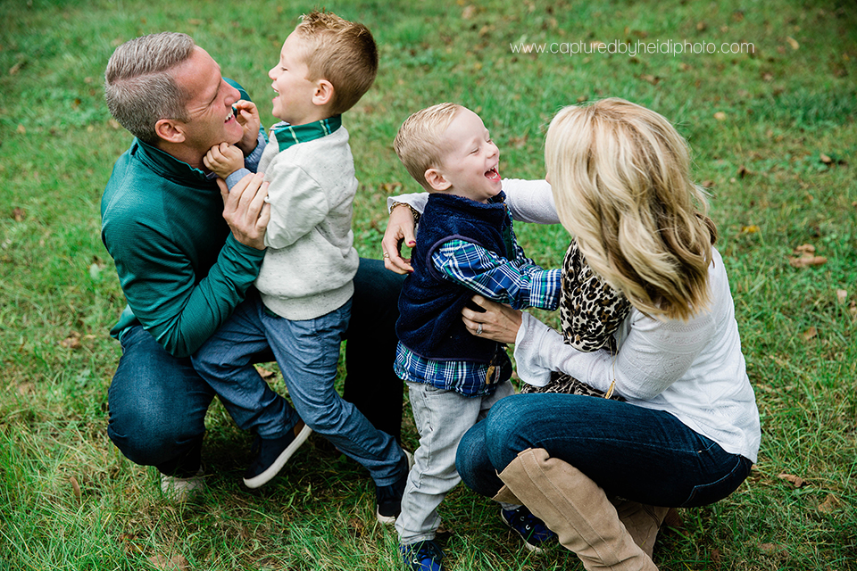 4 central iowa family photographer huxley ankeny captured by heidi hicks wiig.jpg