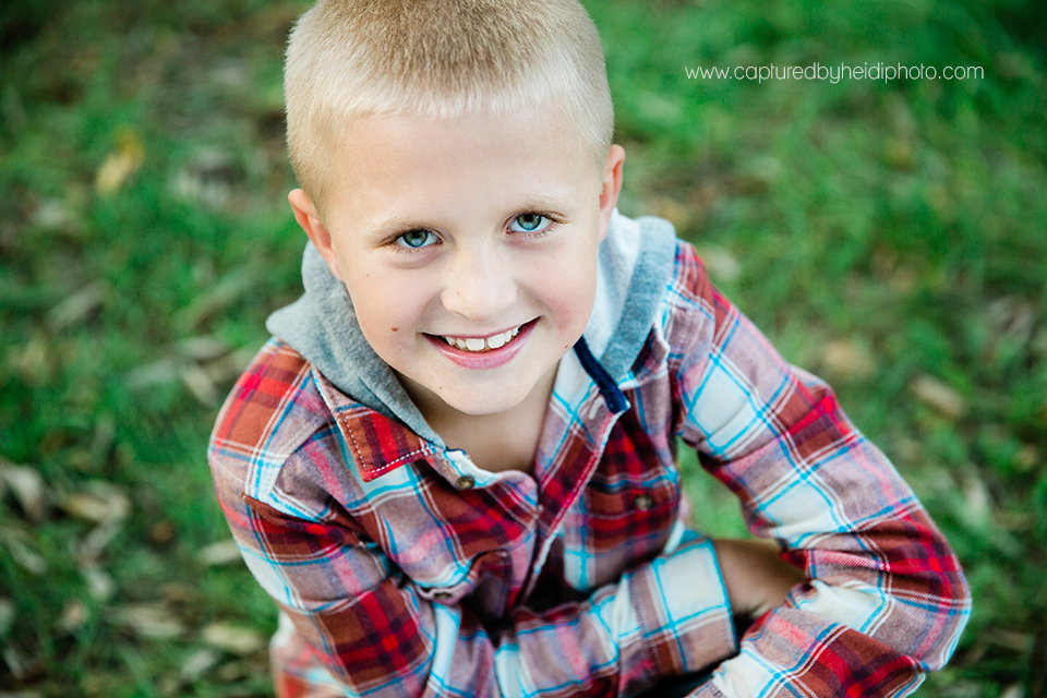 4 central iowa family photographer captured by heidi hicks ames desmoines ankeny bri laughlin.jpg
