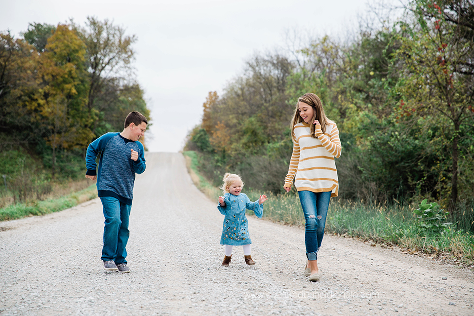 10 central iowa family photographer huxley ames ankeny slater captured by heidi hicks amanda akers.jpg