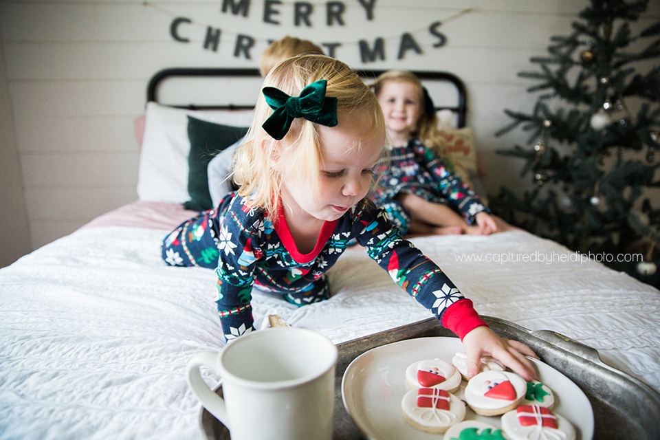 5 central iowa family photographer huxley desmoines ankeny captured by heidi hicks yume cookies christmas minis pajamas santa milk cookies.jpg