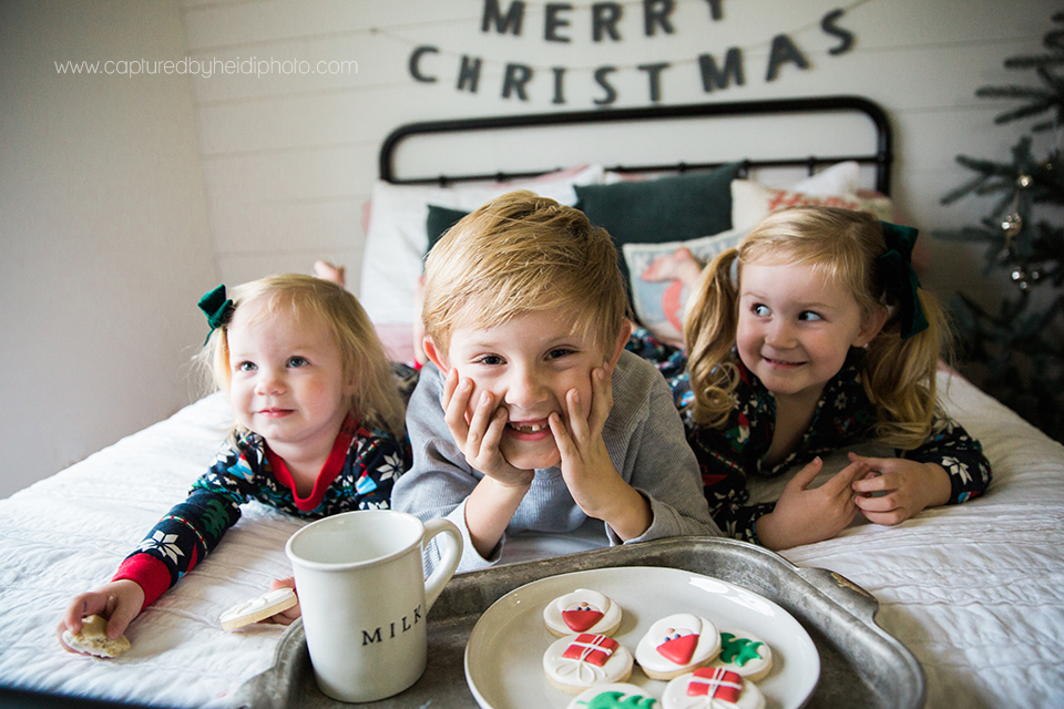 8 central iowa family photographer huxley desmoines ankeny captured by heidi hicks yume cookies christmas minis pajamas santa milk cookies.jpg