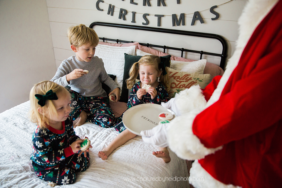 10 central iowa family photographer huxley desmoines ankeny captured by heidi hicks yume cookies christmas minis pajamas santa milk cookies.jpg