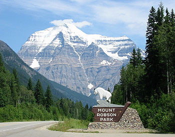 Mount Robson: highest peak of the Canadian Rockies