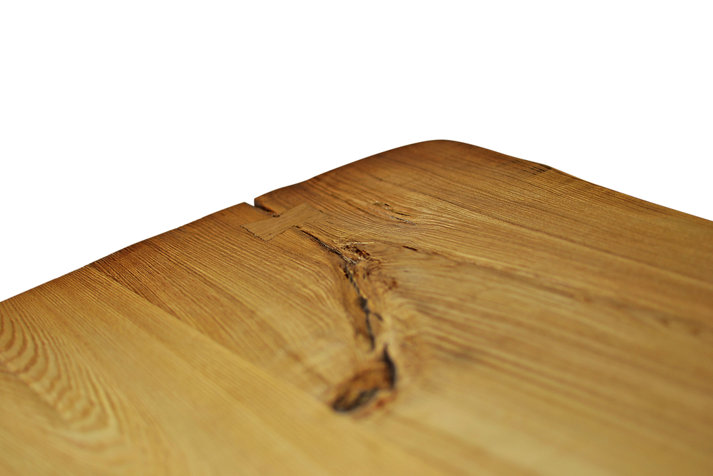 Etz & Steel Chardonnay Live Edge Table Close Up 4.jpg