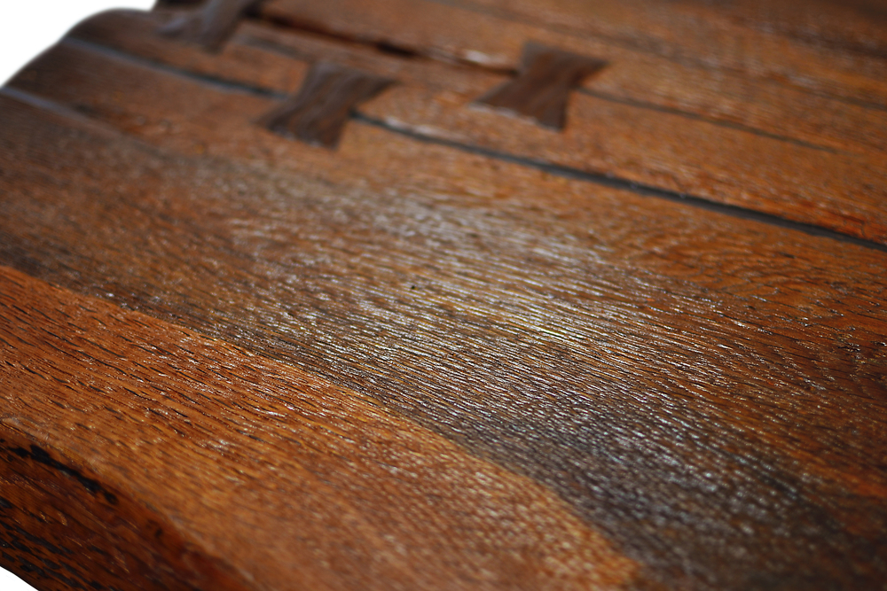 Etz & Steel Shark Tooth Live Edge Table Close Up 4.JPG
