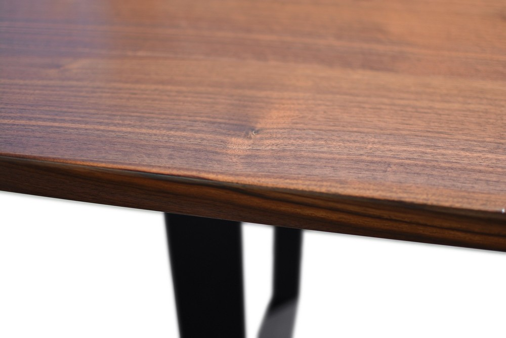 Etz & Steel Viceroy Live Edge Table Close Up 4.jpg