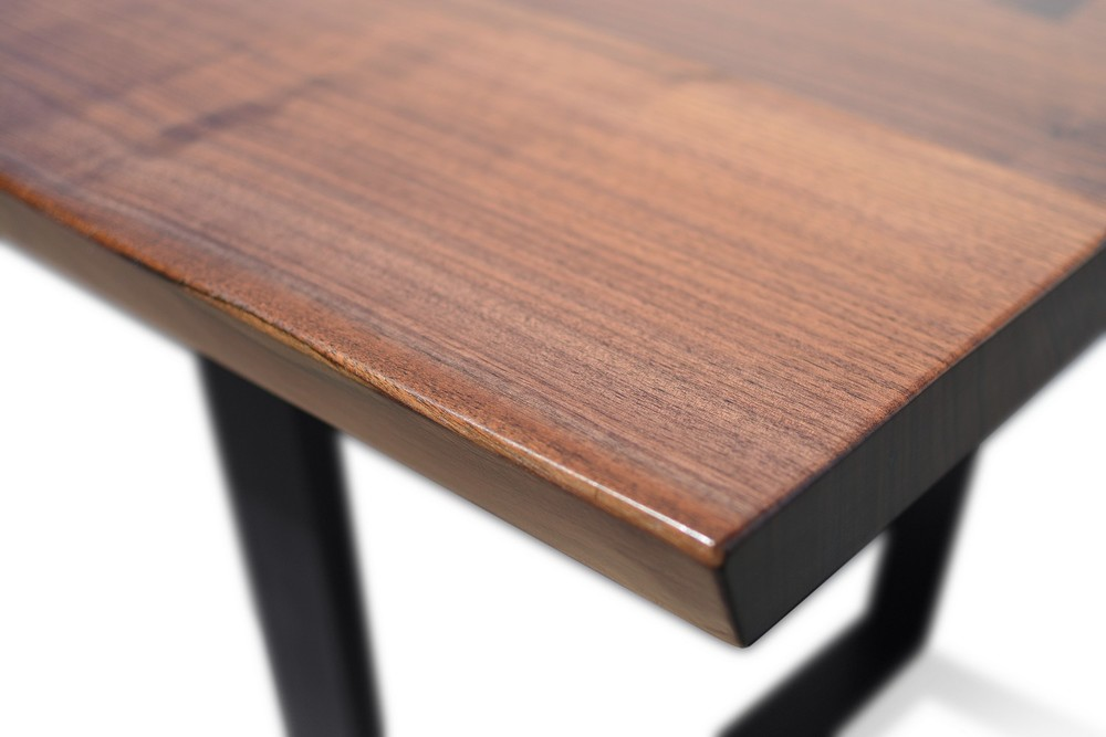 Etz & Steel Viceroy Live Edge Table Close Up 5.jpg