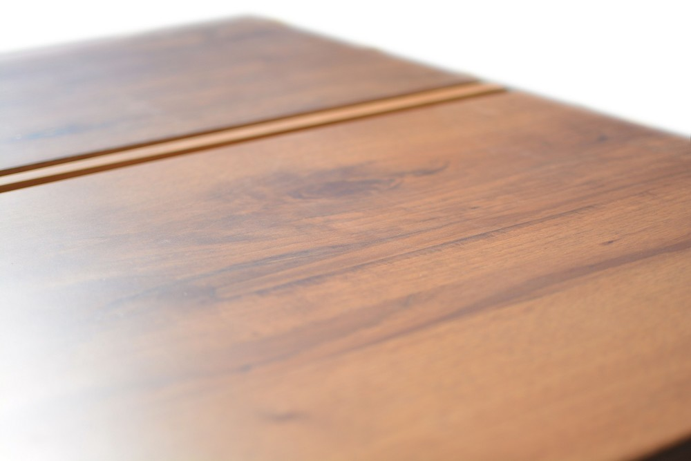 Etz & Steel Gatsby Live Edge Table Close Up 8.jpg