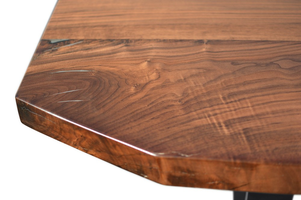 Etz & Steel Apollo Live Edge Table Close Up 1.jpg