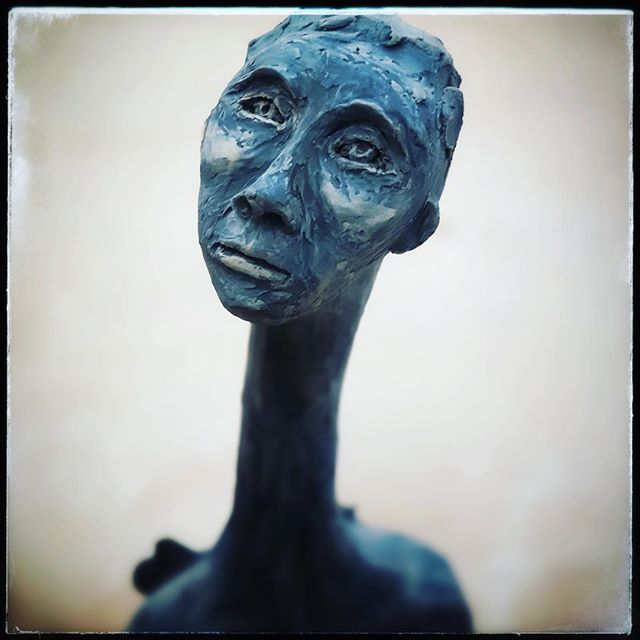 She's out of the kiln and in her new home now- love the way she came to life....an old soul.  #stilllife #ceramics #sculpture #pottery #art #artistoninstagram #interiordesign #design #axelvervoordt #lovely #peaceful #face #props of life #art #giacometti #jeancocteau #love