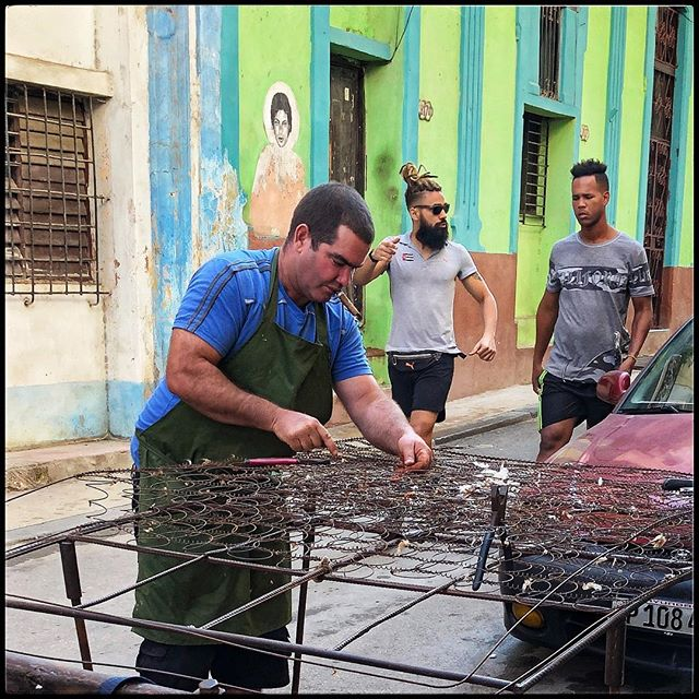 Walking In Havana- one sees many things- a few hipsters (very few) to guys re-working a mattress- the void between is enormous...#havana #cuba #real #interiordesign #design  #travel #walks