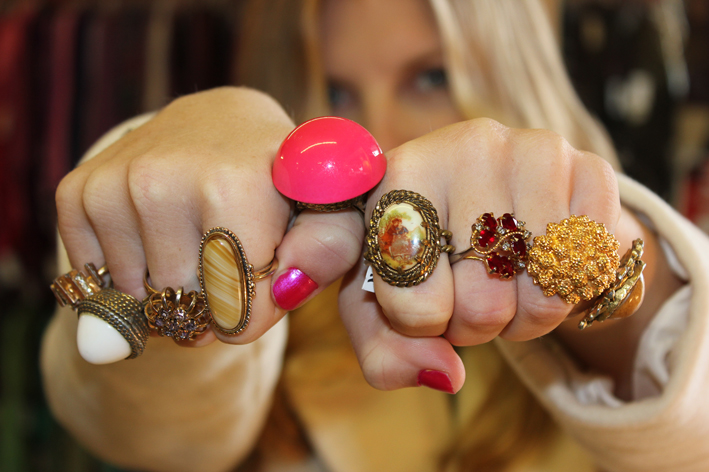girl-with-rings-sm.jpg